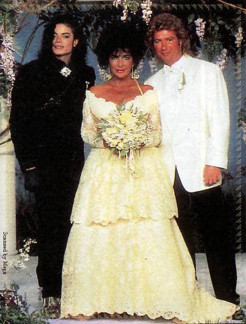 Liz Taylor in abito da sposa di Valentino, 1991