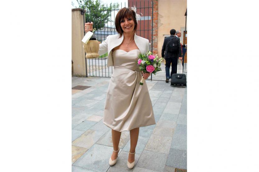 Silvia in abito da sposa mod.Cristina