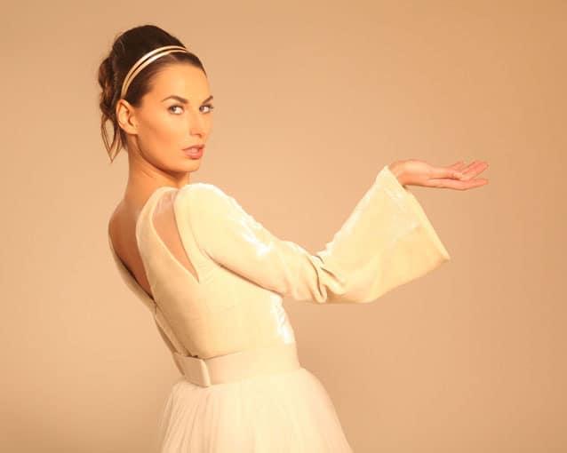 sposa abito in velluto manica lunga