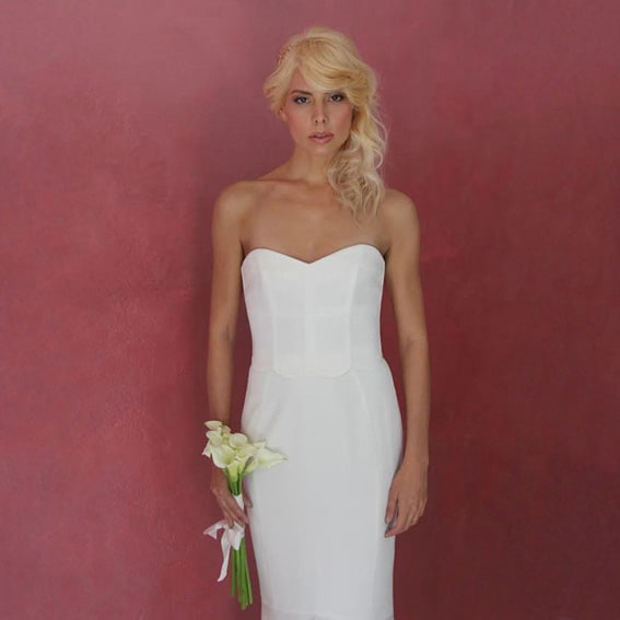 Sposa in crop top: completo base