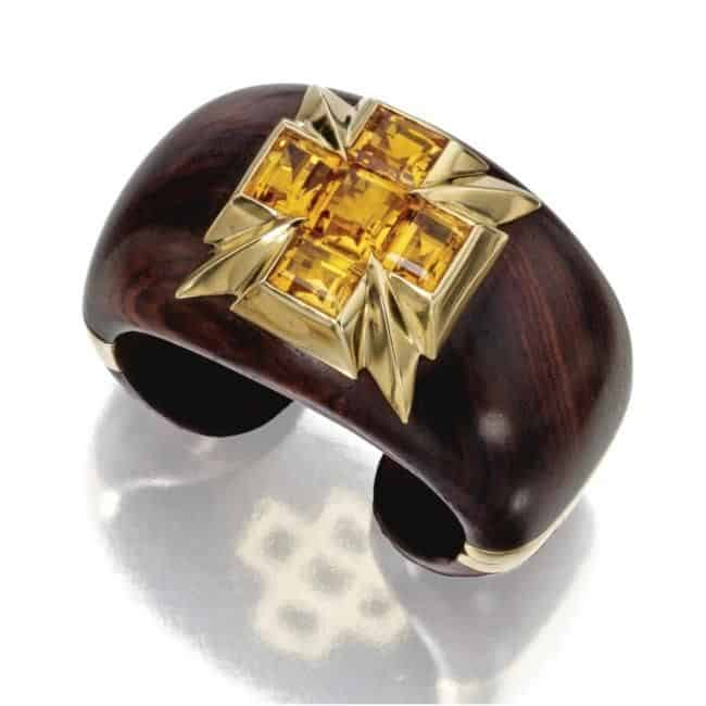 """bracciale """"5 pietre"""" è stato venduto all'asta da Sotheby's per $20.000"""