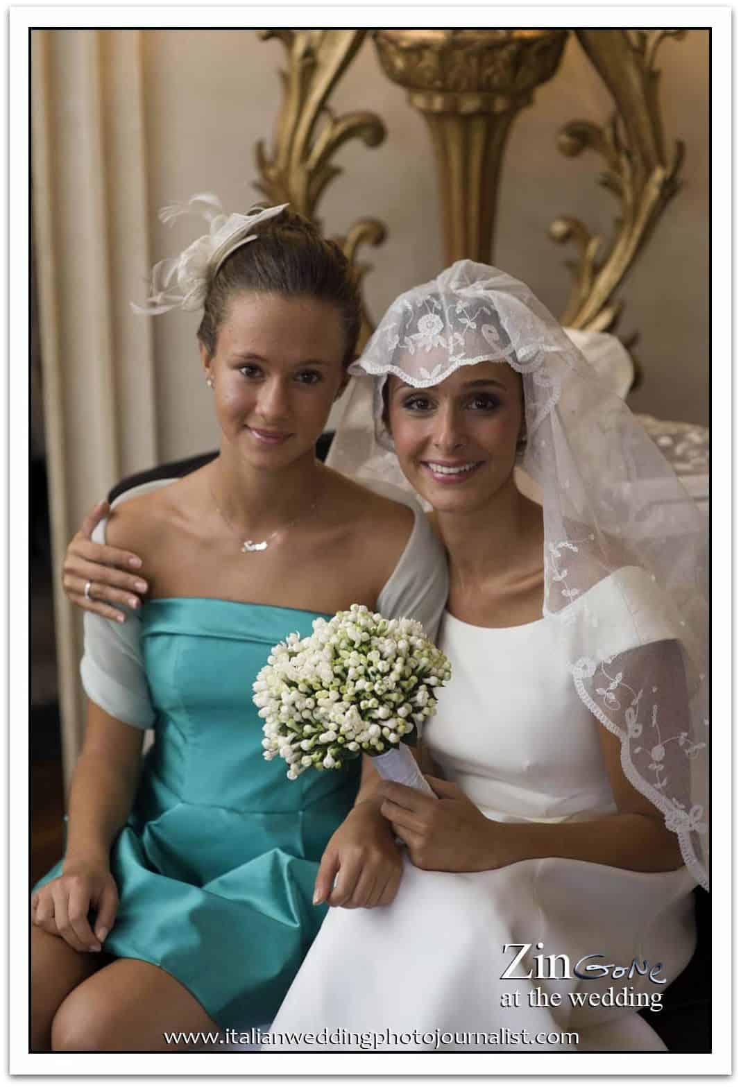 la sposa con la sua damigella