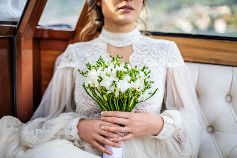 sposa bouquet bianco