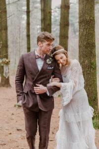 sposi matrimonio boho stile hippy