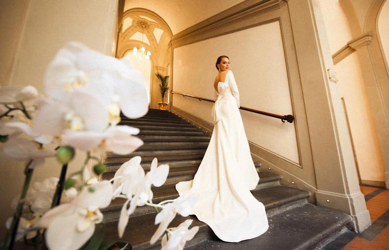 abito da sposa stile essenziale talea couture