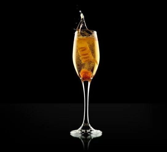 cocktail champagne preferito di coco chanel